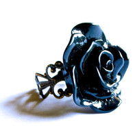 Mysterious Black Rose Ring