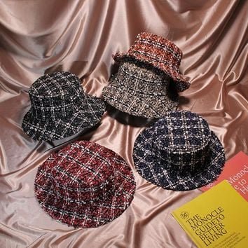2018  Autumn Winter Women Bucket Hat Caps Chic Plaid 5 Colors Fisherman Panama High Quality Tweed Hats