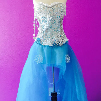 Snowfall costume / drag queen / white corset / performance / princes / corset / long skirt
