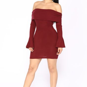 Nicolette Off Shoulder Dress - Wine
