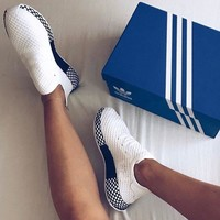 Adidas Deerupt Runner Trifolium Grid Running Shoes-1
