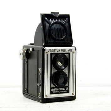 Spartus Full-Vue Box Camera - Twin Lens Bakelite