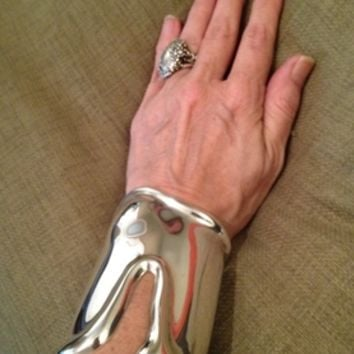 Tiffany & Co. 1975 Elsa Peretti Long Bone Cuff Bracelet Sterling Silver Vintage Jewelry
