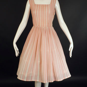 1950s Pink & White Cotton Stripe Dress, Bust-38
