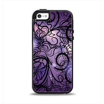 The Violet with Black Highlighted Spirals Apple iPhone 5-5s Otterbox Symmetry Case Skin Set
