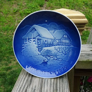 1975 Vintage Royal Copenhagen Bing & Grondahl Blue Porcelain Plate, Denmark, Christmas at the Old Water Mill, 7.25 Inches, Copenhagen Plate