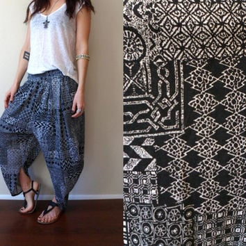 Vintage 80's 90's Black & White Tribal Harem Pants Hammer Time Jam Pants