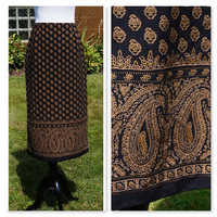 Vintage Midi Pencil Skirt, Black with Gold Paisly Print,  JM Collection, 70s style made in the 90s, work, career, wiggle