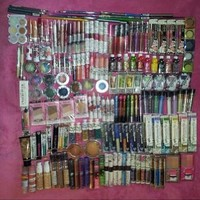 50 Piece Wholesale Makeup Assorted Lot ~ L'oreal Maybelline Covergirl Sally Hansen Almay Revlon & More Name Brand Cosmetics (50 Piece)