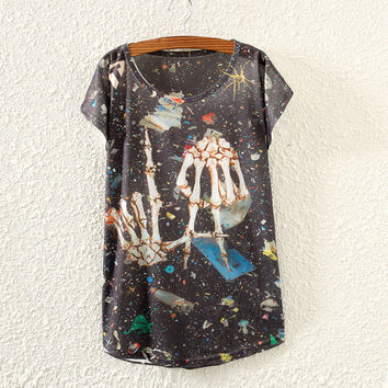 White Hand Of Skeleton Print Short Sleeve T-Shirt