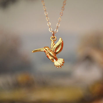 Gold or Silver Hummingbird Necklace,24k Gold Bird necklace, Hummingbird Pendant Necklace, Sterling Silver Hummingbird Necklace