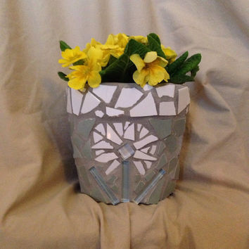 Flower pot, outdoor patio, handmade, mosaic, terra cotta planter, garden, home decor, indoor palnter