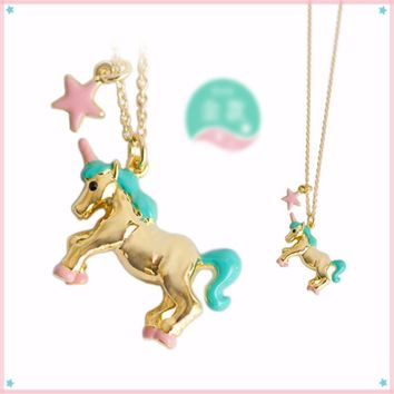 Unicorn Pendant Necklace with Shooting Star Dangle in Gold or Silver Color 1 Piece