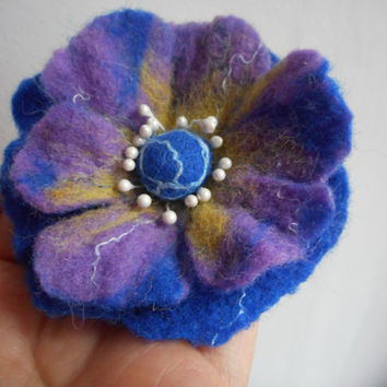 Felt Flower brooch,Felt brooch,Blue purple yellow,felt flower,spring flower art, wool felt flower,brooch hair clip,accessories, blue jewelry