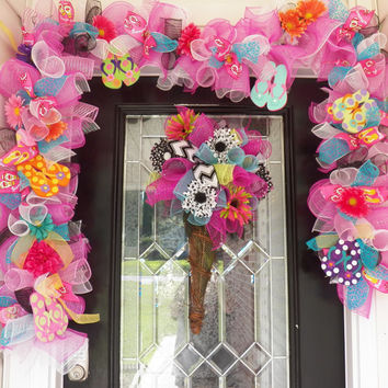 Summer Door Hanger with Matching Garland, Spring Door Hanger, Summer Wreath, Spring Wreath, Deco Mesh Wreath