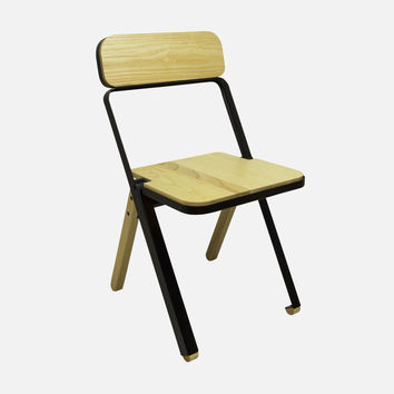 Profile Folding Chair - Black/Natural