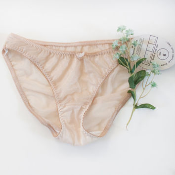 Sheer Nude Panties. Small Size 6. NWT //Vintage sheer undergarments. Ladies Nude Undies. NWT Lingerie. Silky panties. - Low Cut, Hip Hugger
