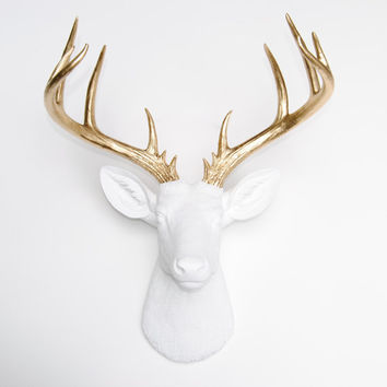 Large Deer Head - White and Gold Deer Head Wall Mount - 14 Point Stag Head Antlers Faux Taxidermy ND0108