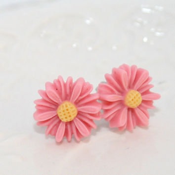 Daisy Ear studs, Summer Sweet post earrings, Pink White Daisies flower posts, Cute Summer Ear studs ,Flower Ear studs, Kawaii Jewelry