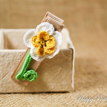 Flower Hair Clip - Crochet Flower Hair Accessory - Alligator Clip - Girl Hair Clip - Toddler Hair Clip - HC077