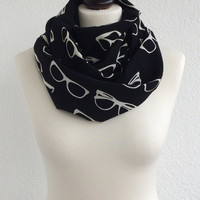 Black White Circle Scarf, Unisex Eyeglasses Scarf, Infinity Scarf, Loop Scarf, Glasses Patterned Scarf, Designscope, Gift Ideas for Her