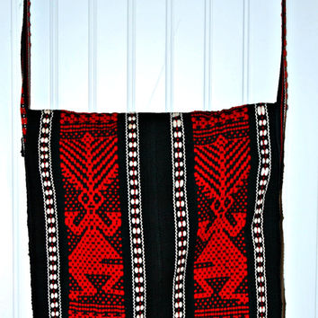 Vintage South American? Over The Shoulder Woven Bag or Purse, (c. Pre-1996) Woven, Black, Red, White, Beautiful Native Handiwork and Design