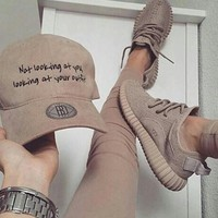 Fashion Adidas Yeezy Boost Solid color Leisure Sports shoes1