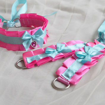 Kitten play collar and cuffs - Pink doll - ddlg cgl princess cute neko sweet kawaii lolita costume - pastel blue and bright pink choker set