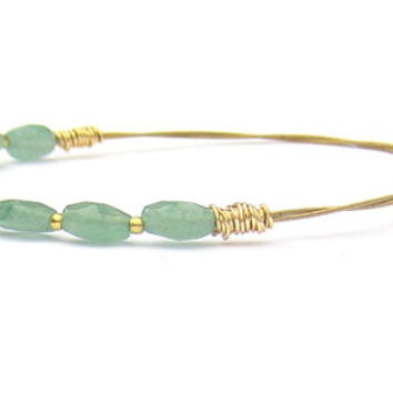 Beaded Bangle Bracelet // Thin Gold Bangle Bracelet, Green Gemstone Beads // Handmade Eco-Friendly Jewelry // Recycled Guitar Strings //Gift