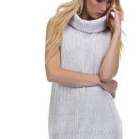 Boxy Sleeveless Cowlneck Sweater in Grey