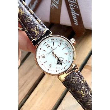 LV 2019 new men and women models simple fashion watch #1