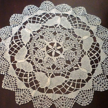 Vintage Fine Bobbin Round Cluny Lace Cotton Doily 1960 with butterfly design