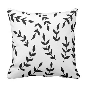 Black and White Floral Pattern Pillow. Pillow
