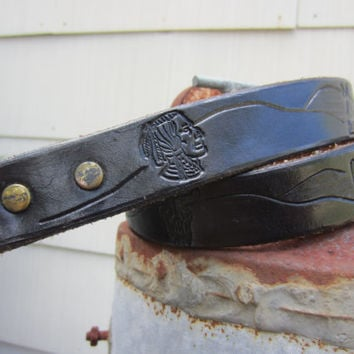 Vintage Black Tooled Southwestern Leather Belt, W28 W30 W33, 75-85 cm // Vintage Native American Cowgirl Belt