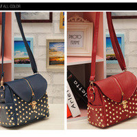 Rivet Fashion shoulder bag