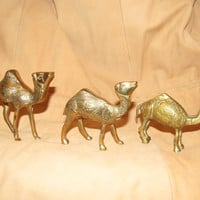 Vintage Brass Camel Set Middle Eastern  / Egyptian Decor Camels / Moroccean Brass Collectibles /Metal Animal Figurines
