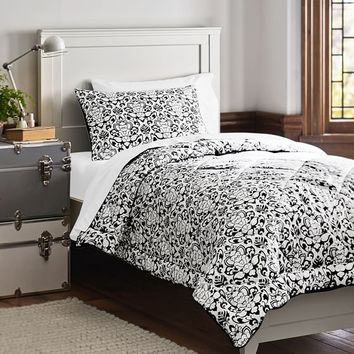 Damask Essential Value Bedding Set, Black