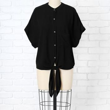 Black Button-Up Tie-Front Pocket Blouse | NRFB – No Rest For Bridget