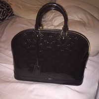 100% Authentic Louis Vuitton large patent leather monogram handbag