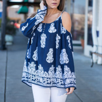 Sentimental Petals Top, Navy