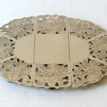 Vintage Silverplate Expanding Trivet , 3 Section Decorative Silver Trivet Leonard Made in Hong Kong