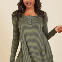 At It Again Tunic in Pine | Mod Retro Vintage Short Sleeve Shirts | ModCloth.com