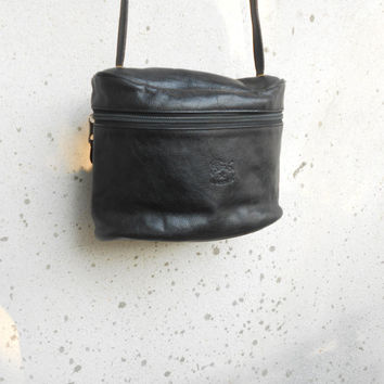 Vintage IL BISONTE Black Leather Purse , Leather Crossbody Bag / Small / Made in Italy