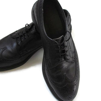 Vintage Mens Black Wingtip Leather Shoes