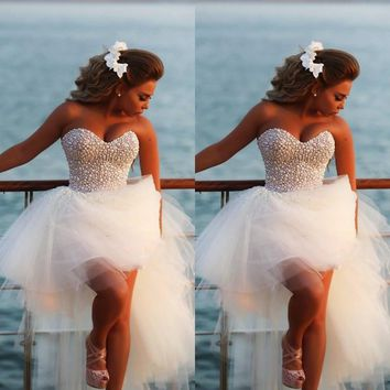 2017 Fashion sweetheart tulle/net pearls beaded white sexy puff high low wedding dress corset lace up back