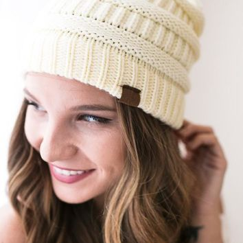 Colorado Peak Cable Knit Beanie- Ivory