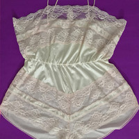 1970s Pearl Pink Teddy / Pastel Pink Cotton Candy Lingerie Romper / Silky Romantic Onesuit / Sexy Satin & Lace Trim / Elastic Cinched Waist