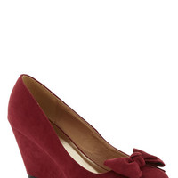 ModCloth Party Hostess Wedge in Wine
