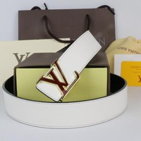 LV Woman Men Fashion Smooth Buckle Leather Belt
