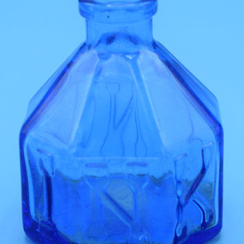 Wheaton Blue Ink Bottle Vintage Small Glass Inkwell Octagon Shaped Ink Bottle Wheaton NJ Cobalt Blue Glass Bottle Desk Accessory